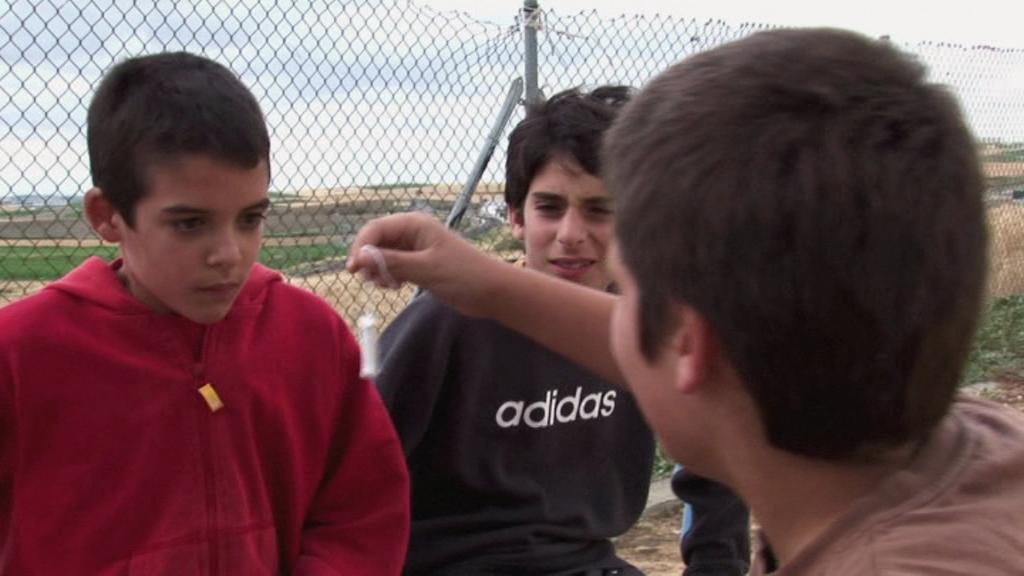 Brecha (2009) - Boy Movies